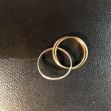 Attention reproduction Bague Cartier Trinity avec un anneau en argent